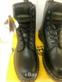 Dr. Martens ICON 7B10 Safety Shoes Fine Haircell Industrial Safety Steel Toe