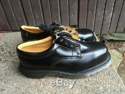 New SOLOVAIR steel toe shoes, uk 8, made in England