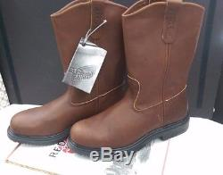 Red Wing Pull on Style 2231 steel toe size 8.5 Boots New in box Made in USA