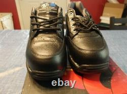 Z-coil brand womens 6 composite toe shoe lace up black leather enclosed coil on